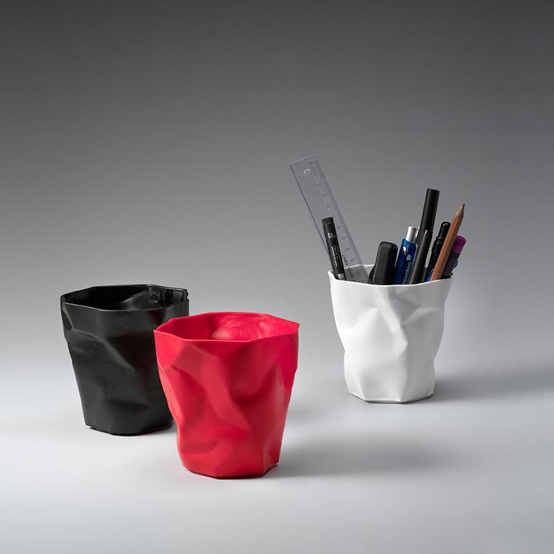 丹麦原产essey Pen Pen创意褶皱笔筒