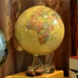 MOVA Globe光能古董米色地球仪